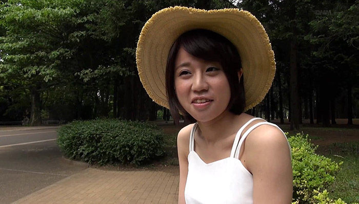 新人!kawaii*専属 自然に囲まれ生まれ育った天真爛漫女子大生 ひと夏の思い出に上京AVデビュー 久野せいな【レビュー】