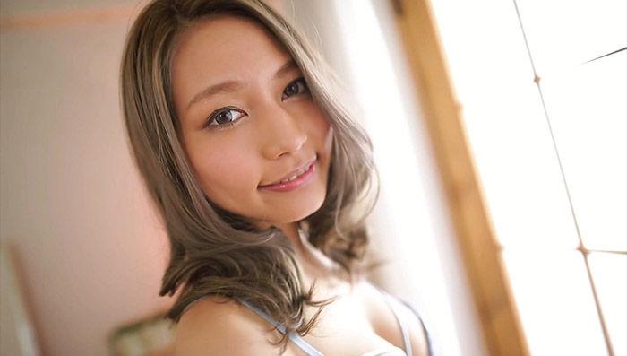新人 高井ルナ ~父親は元野球選手!?圧倒的美貌と艶やかさを持つ最強ハーフ美少女AVデビュー!~